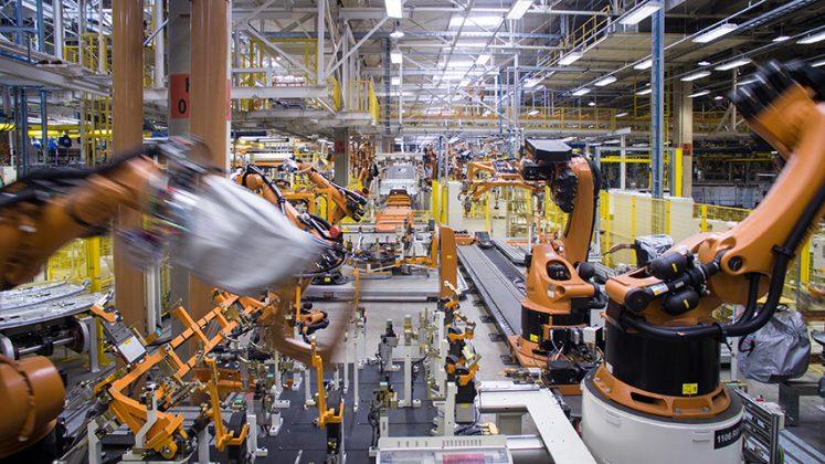 Delivery: Treinta y ocho robots fabrican la cabina