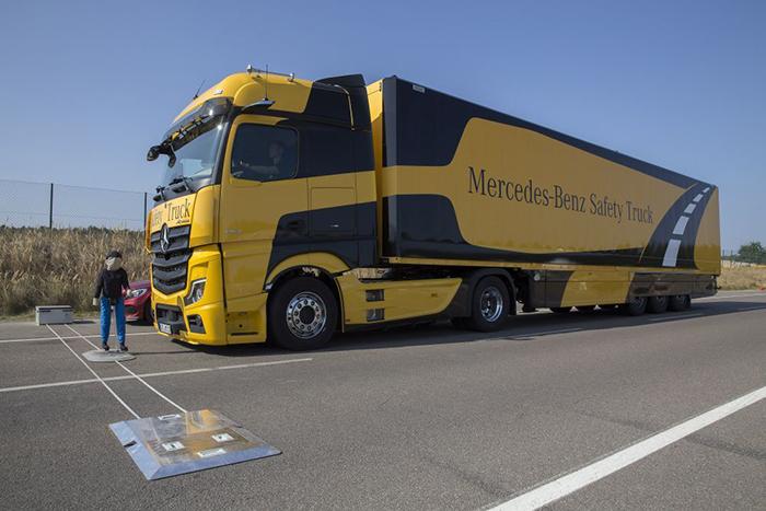 Mercedes-Benz-Actros-ABA5