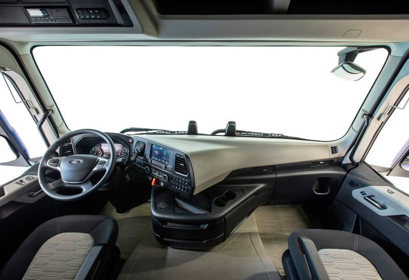 f-max-ford-camión-del-año-interior