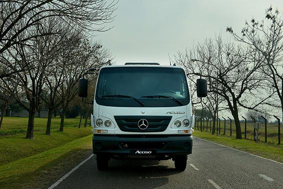 Mercedes Benz Accelo