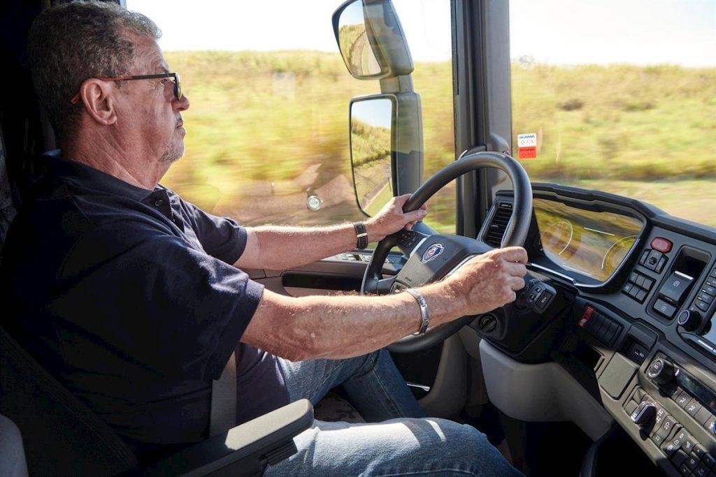 Camioneros Necesarios