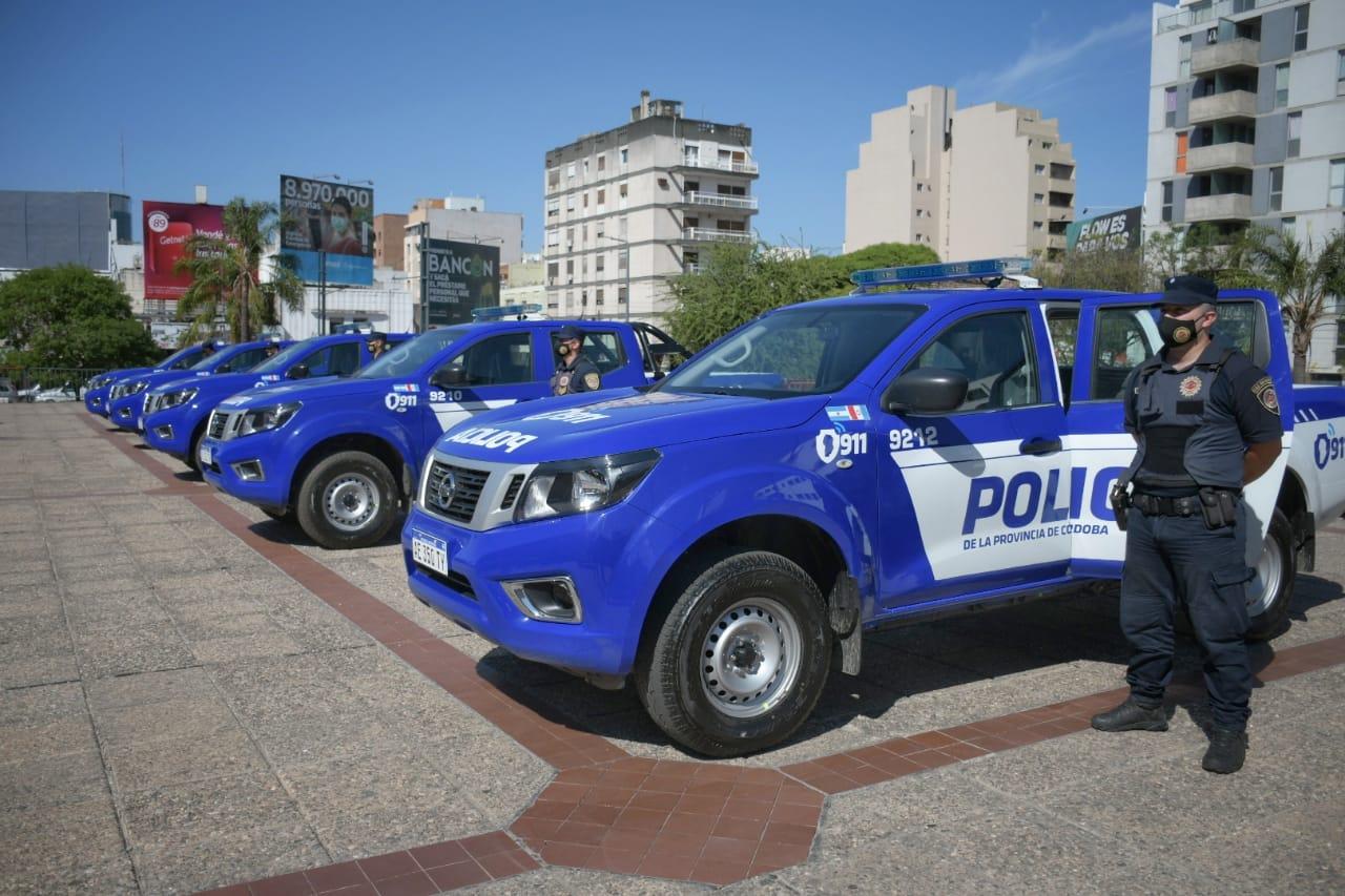 Policía cordobesa Nissan Frontier