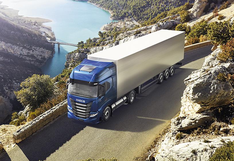 IVECO S-Way Camión sustentable 2021