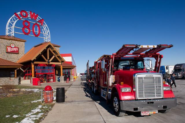 Camionero en Estados Unidos Iowa 80 Truck Stop