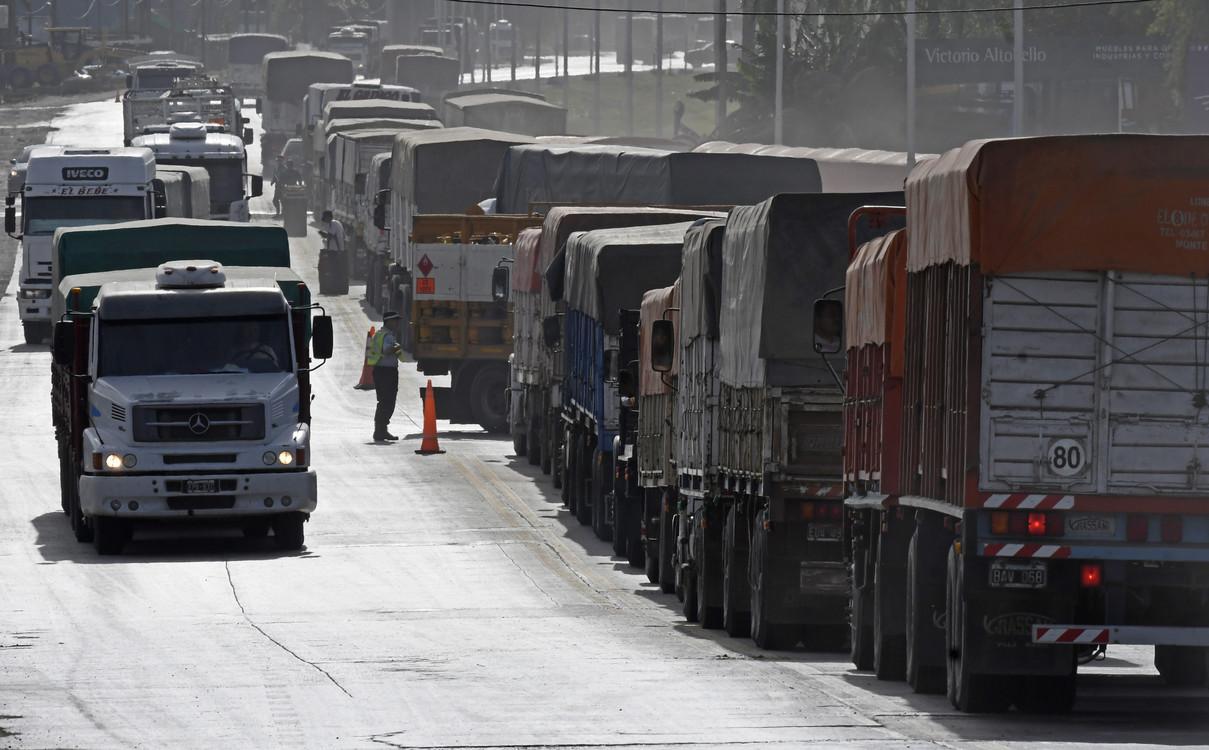 Santa Fe ordena el tránsito de camiones Cosecha 20/21