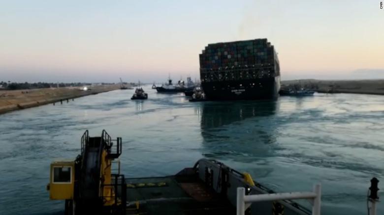 El Canal de Suez fue liberado