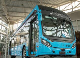 Lanzamiento de buses eléctricos MB