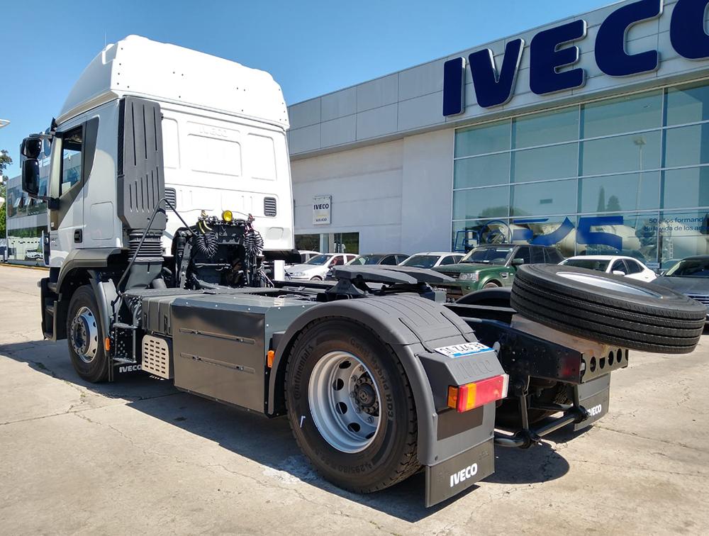 ID Logistics adquirió cinco IVECO Stralis a GNC